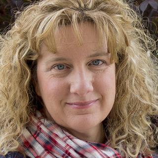 Photo of Dawn Davis